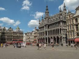 Brussel: Grootstad in 't klein (vijf korte stadwandelingen)